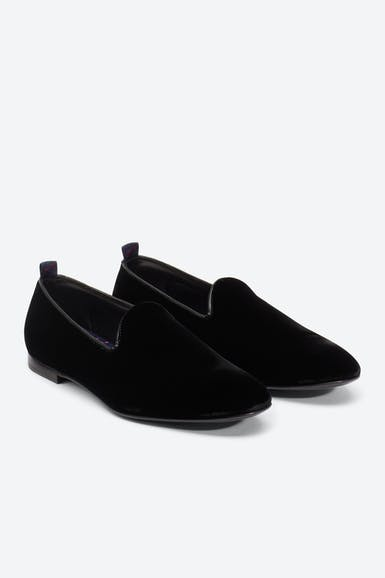 The Rhoads Velvet Slipper