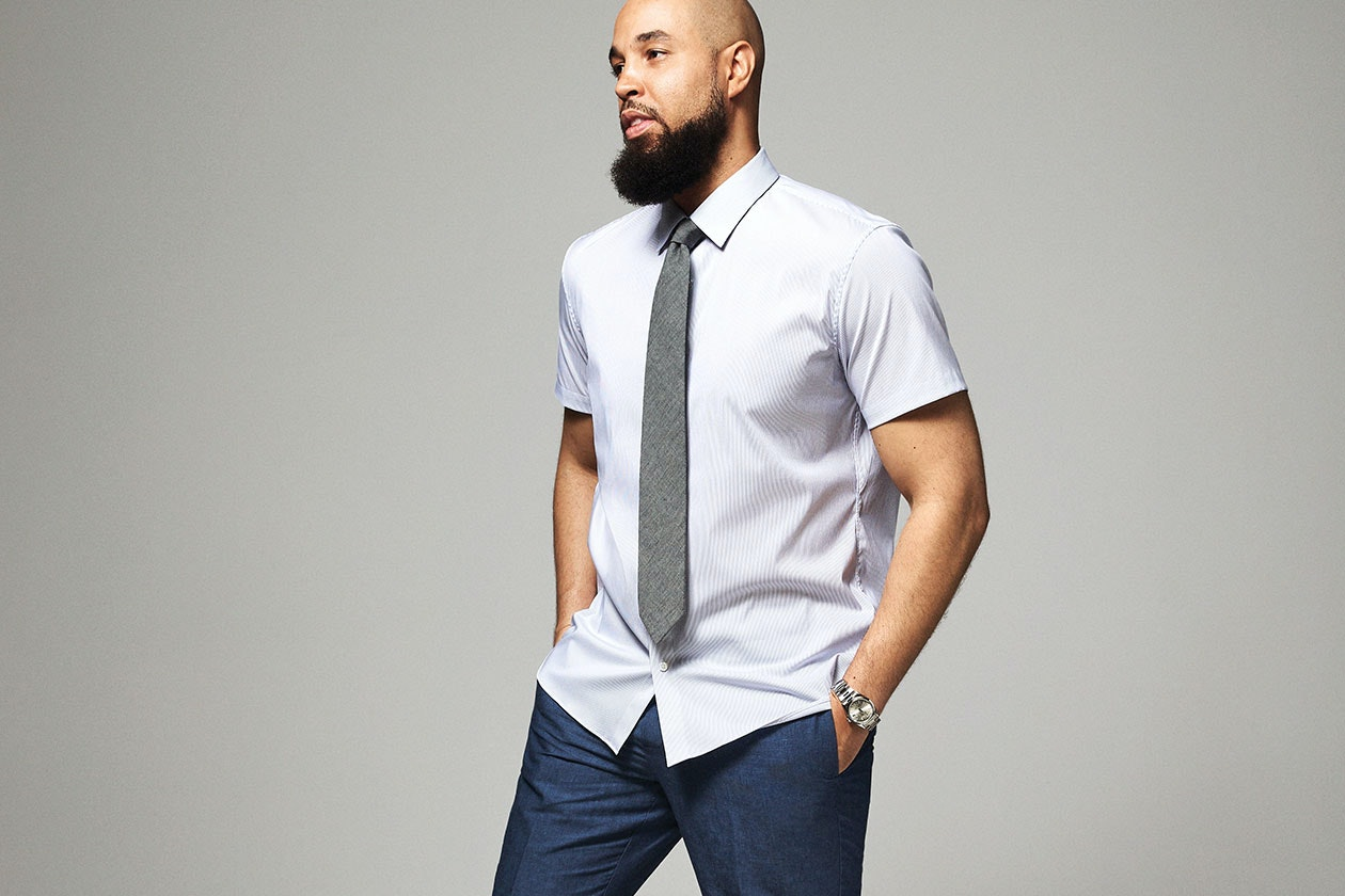 Jetsetter Short Sleeve Dress Shirt Hero Image
