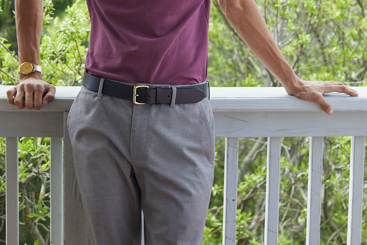 Header showing products for the Casual Leather Belts category