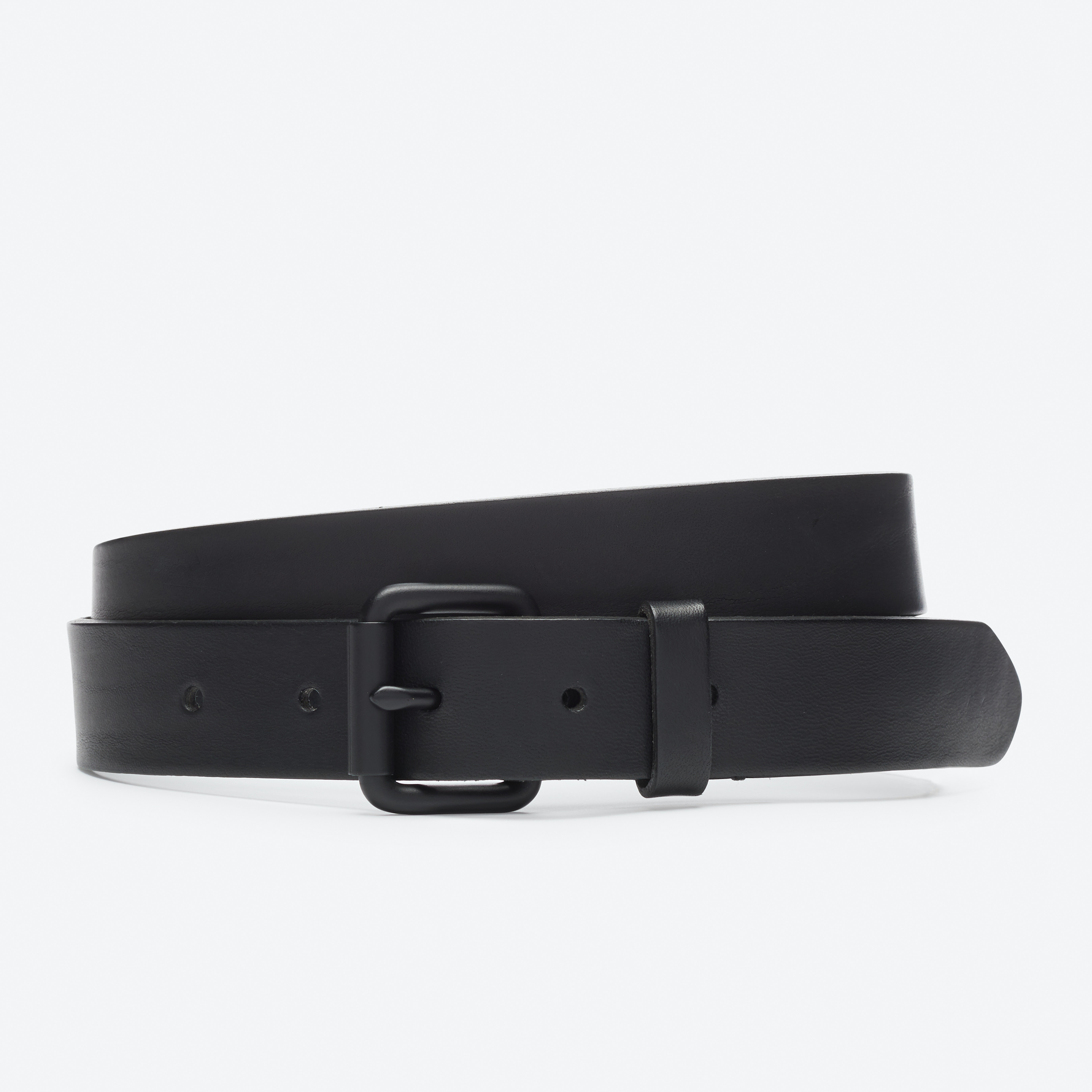 Monochrome Leather Belt